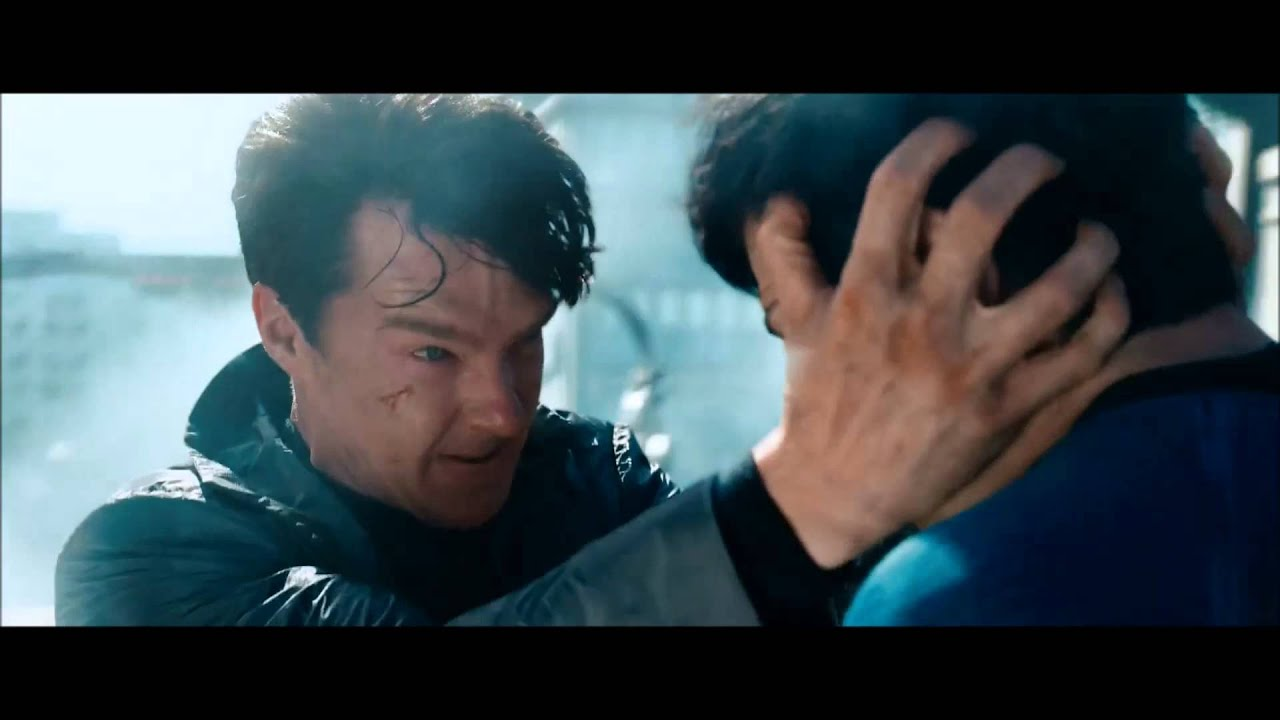 Star Trek Into Darkness - Spock vs Khan Brawl In San ...