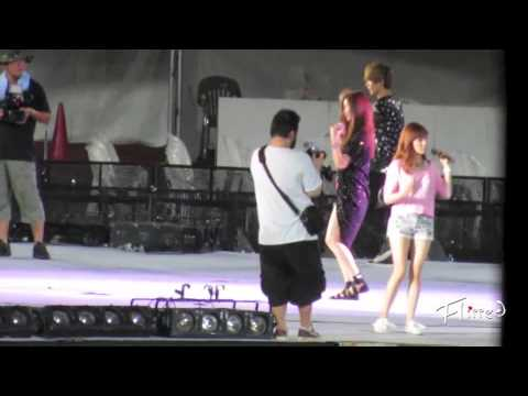 [Fancam] 120817 Luhan focus - DJ got us falling in love again (Rehearsal) @ SMTown in Seoul