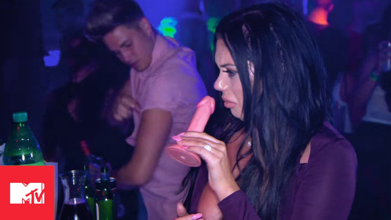 Geordie Shore 1310   Aaron Is Buzzin' For Gaz And Charlotte's Future