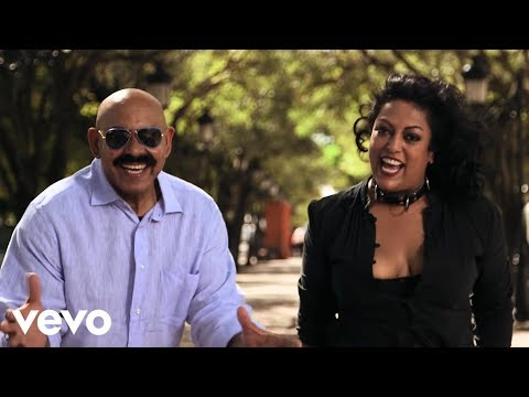 Sergio George's Salsa Giants - Bajo la Tormenta (Official Video)