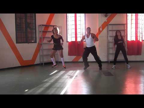 Baixar Mc Dede - Bumbum na água - Km Studio de Dança - Franca