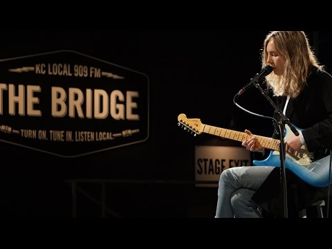 The Japanese House - 'Teeth' I The Bridge 909 in Studio