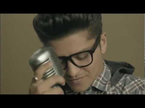 Baixar Bruno Mars - Treasure UNofficial MusicVideo