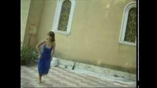 Τριαντάφυλλος - Σε δύο λεπτά - Official Video Clip