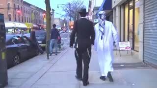 【Experimen】Rekasi Orang Saat Muslim Dan Yahudi Berjalan Bersama Di Jalanan Amerika