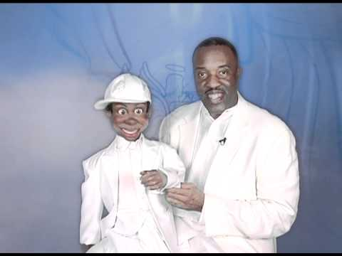 Willie Brown and Woody's Rendition of Vashawn Mitchell's