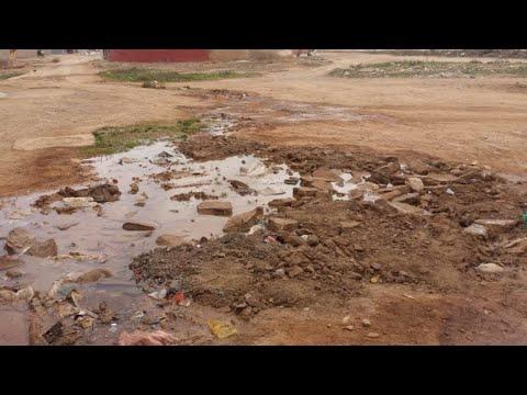 إنفجار أنبوب للماء الصالح للشرب يحول حي بولغالغ إلى بركة عائمة،