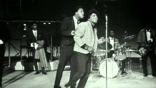 "James Brown performs ""Please Please Please"" at the TAMI Show (Live)"