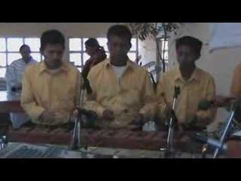 Marimba Club Amistad- Cancion a Santa Eulalia-En Vivo