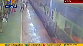 Narrow escape: Man falls on railway track while boarding r..