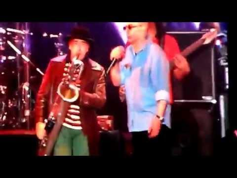 Indio Solari - Pajarita Pechiblanca - en Vivo Gualeguaychu con Walter Semilla y Sergio
