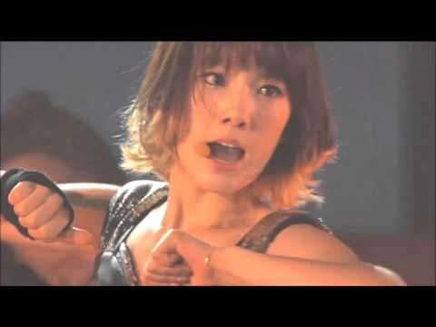 Taeyeon - Devil's Cry + SNSD - Run Devil Run @2011 Girls' Generation Tour in Seoul
