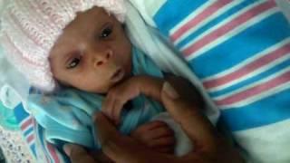 preemie 32 weeks Zorayah