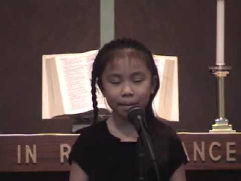 Janna, 8 yrs old, Sings