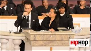 Kriss Kross member Chris Smith gives moving speech at funeral for Chris Kelly (full video)