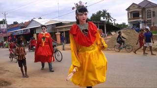 Ting Mong ដង្ហែលព្រះវស្សា Cambodia Scarecrow, giant screcrow ទីងម៉ូង