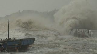 Dangerous Storm Surge, Huge Waves Super Typhoon Usagi Stock Footage Screener - HD 1920x1080 30p