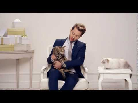 Juicy Couture Presents: Eticat Lessons with Derek Blasberg