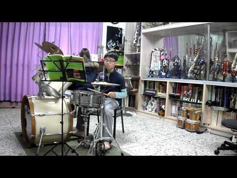 廖子評 - 寂寞先生 Mr. Lonely  爵士鼓演奏 (practice version) 2013.01.09