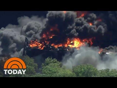 Massive Chemical Plant Explosion In Illinois Under Investigation