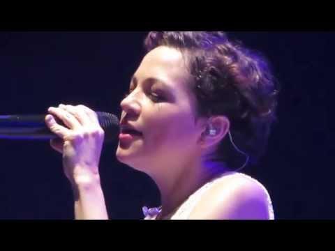 Natalia Lafourcade Piedras Negras - Ella es bonita