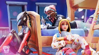 GIRLS OF SEASON 7 SLEEPOVER! *LYNX STORY* - Fortnite Short Films