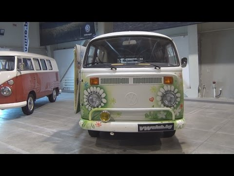 Volkswagen Transporter T2 (1969) Exterior and Interior in 3D