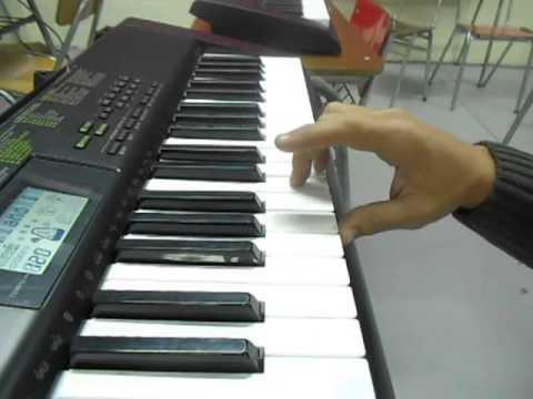 Piano - Melódica -  El Rín del Angelito - Violeta Parra - 5º básico Colegio Casteliano 2013