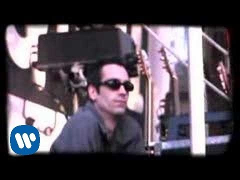 Staind - So Far Away [OFFICIAL VIDEO]