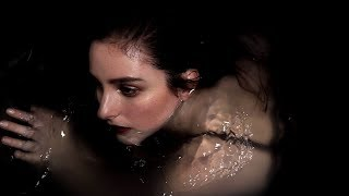 BANKS: if we were made of water (español)
