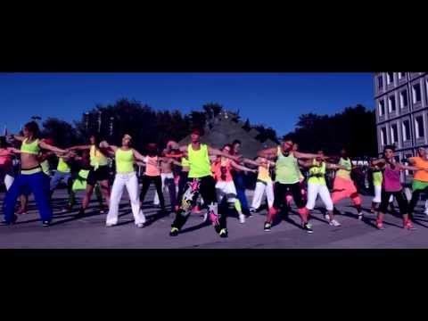Baixar Stromae PAPAOUTAI - FLUO PARTY EnKdance/Yannick -  ZUMBA Clip