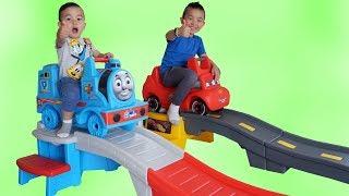 Thomas VS Lightning McQueen Roller Coaster Fun With Ckn Toys