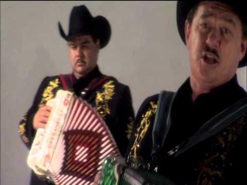 Los Huracanes Del Norte-El Hombre de Negro (Video Oficial)