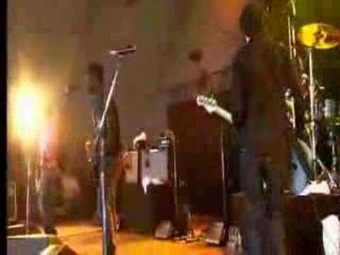 Bloc Party - Little thoughts (live!) ...