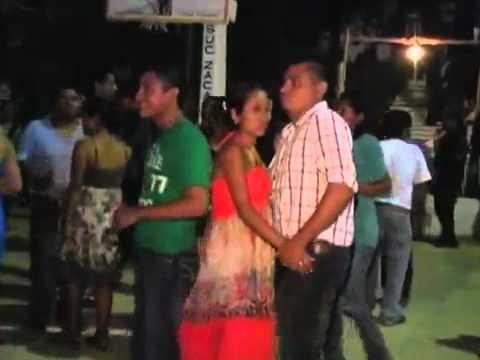 LA LUZ ROJA DE SAN MARCOS,popurri de cumbias y charangas