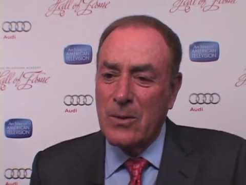 Inductee Al Michaels at the 2013 Hall of Fame - EMMYTVLEGENDS ...