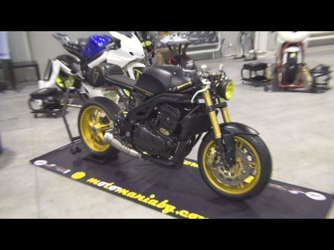 Triumph Black and Gold Tuned Exterior and Interior in 3D