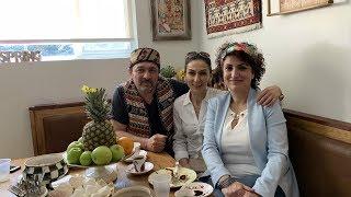 Կարինեն ու Սայաթ Նովեն - Heghineh Armenian Family Vlog 281 - Հեղինե - Mayrik by Heghineh