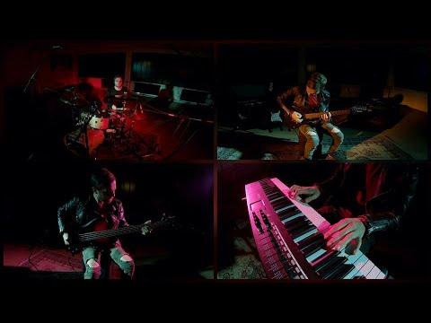 """Првата соло песна на македонскиот тапанар Филип Јездиќ - """"Духот кој крвари"""""""