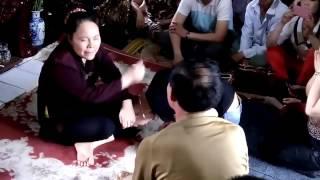 Đánh Kinh hoàng , tưởng  MA NHẬP, nhờ thầy bắt ma ,  Gọi Hồn Cô Đồng Sinh ,  2016,