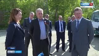 Александр Бурков совершил рабочую поездку по Омску