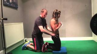 How to do a Nordic hamstring curl