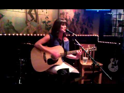 Adele- Rolling In The Deep (Live Cover By Darienne Rose)