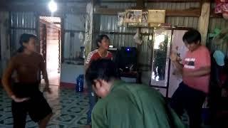 Gái Làng Tu Nhảy Nhạc  San