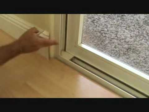 Installing Baseboard Around A Bullnose Corner Youtube