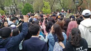 NCT 127 Joins in GoToe KPOP RANDOM PLAY DANCE in NYC (Washington Square Arch) - 4