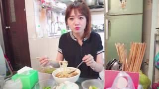 베트남 호치민 맛집 Hari Won 하리원 - Siêu Ham Ăn 시우함앙 - Bún Bò 분버 (쌀국수의 한 종류) Trần Huy Liệu (K/E/VN Sub)