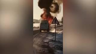 В посёлке Красный Яр по дороге на вызов загорелась скорая (видео-эксклюзив)