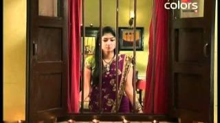 Balika Vadhu - Kacchi Umar Ke Pakke Rishte - October 28 2011- Part 2/3