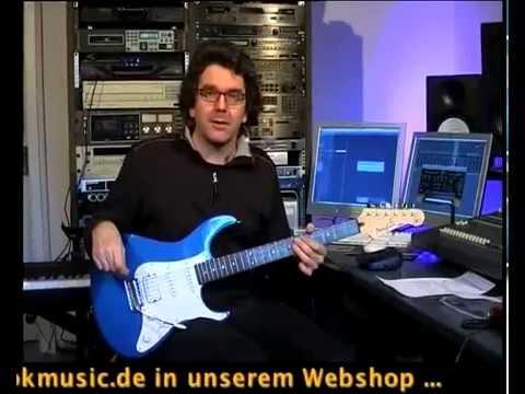 Yamaha Pacifica PAC012 Electric Guitar (Dark Blue Metallic)